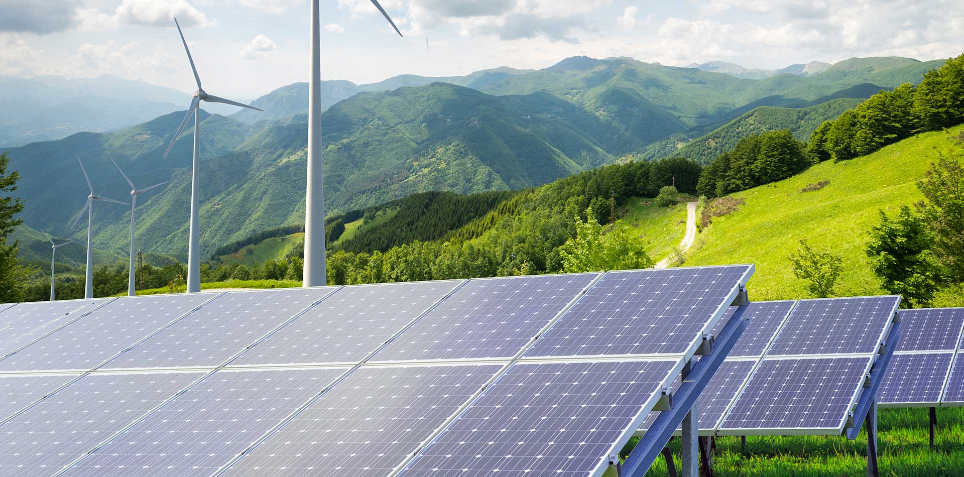 pulizie-speciali_pannelli_fotovoltaici_nuova_era_servizi_reggio_emilia_parma_modena